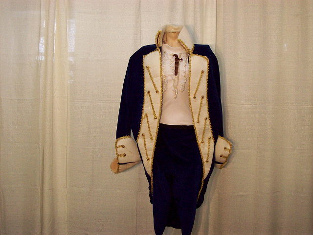 Where to find GEORGE WASHINGTON COSTUME in Howell
